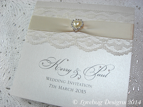 Chantilly Pocket Fold Invitation – Pearl Heart