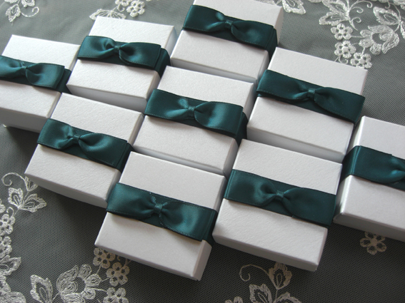Bow Tie Favour Box