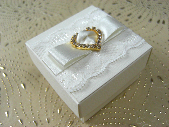 Gold Buckle & Lace Favour Box